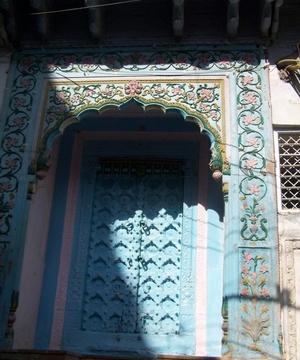 Delhi Travels: A Walk through the Moonlight Square (Chandni Chowk)