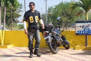 Daya Parulekar Travel Blogger