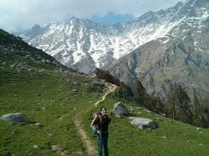 Trek in Himalayas - Snowline Cafe