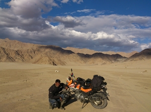 Bike Trip to LADAKH - Three Highest Motorable Roads of World