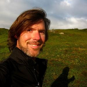 Brian Setzer Travel Blogger