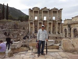Ugur Yavuzturk Travel Blogger