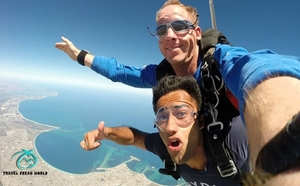 Skydiving In Australia At 14000 ft