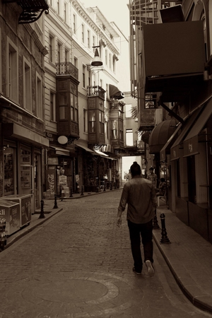 Istanbul – A story in between