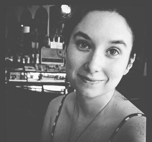 Elizabeth Travel Blogger