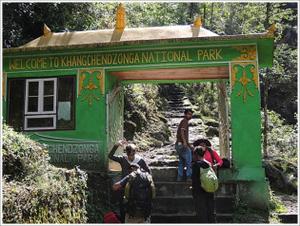 In Search of Elusive Sunrise!! Goecha La Trek; Sikkim