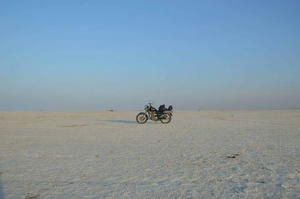 Rann of kutch: A solo ride with my love my Thunderbird