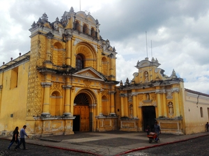 A 400 Year Old Spanish City Amidst Three Active Volcanoes: Antigua Paradise in Guatemala