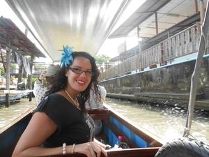 Stephanie Travel Blogger