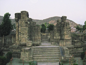 Kashmir Diary: Ruins of Ancient Temples of Awantipora