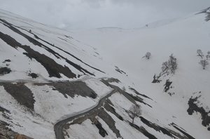 Snowfall in The Month Of May At Sinthan Top in Kashmir