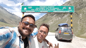 Julley!! Budgeted Trip To Heaven Called Ladakh - The Land Of High Motorable Passes & Lamas!!