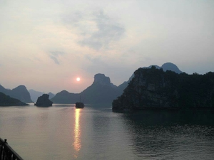 #SwipeRightToTravel      Halong Bay Trip