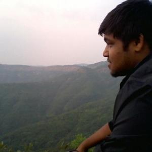 prateek ojha Travel Blogger