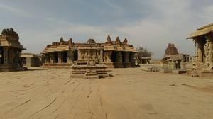 Hampi: Beauty in Ruins
