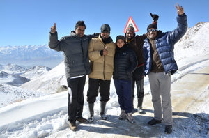 Ride to world most highest motorable road