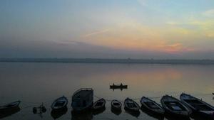 Peace amidst chaos - Banaras