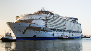 This Cruise Ship Is So Massive That People Need GPS To Navigate Their Way Through it!