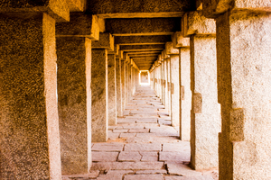 Hampi: Where rocks whispers...