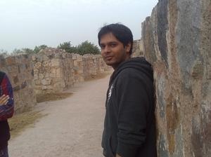 Himanshu Travel Blogger
