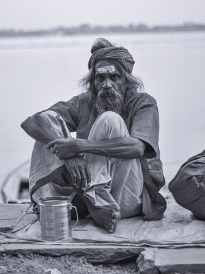 Banaras Ghats – True Essence of Spiritual India