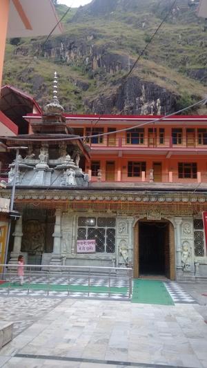 Manikaran: Divine land of Hot Springs, temples and magic!