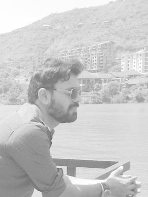 Jay Dembani Travel Blogger