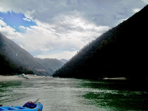 Rendezvous with Rishikesh - and I conversed with Ganges greens and blues! - by Peeush Tomar