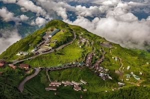 Zuluk loops: Where The Road Challenges You