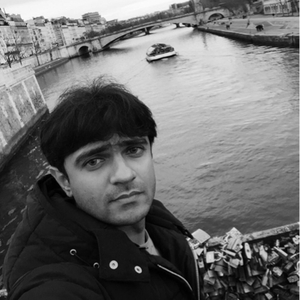 Faraz Makhani Travel Blogger