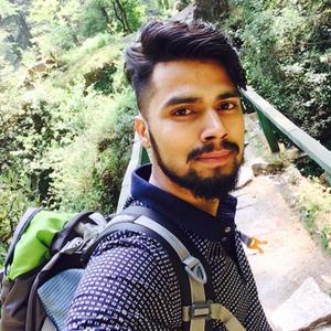Himanshu Vaidya Travel Blogger