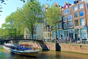 Top 5 things to do in Amsterdam: On and Off Beat!
