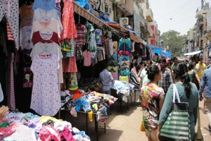 Photos of top 10 window shopping places in Delhi