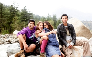 Top 5 Bollywood Movies that will Inspire you to Travel with your Friends