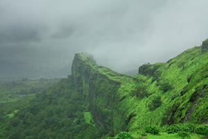 City Breaks: Mumbai to Lonavala