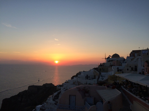 Best Places to Enjoy The Santorini Sunset [Videos]