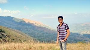 Jay  Travel Blogger