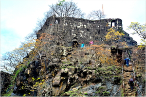 A Day Trek to Karnala (Raigarh) - Ideal for Beginners (#TripotoTakeMeToDeoriatal)