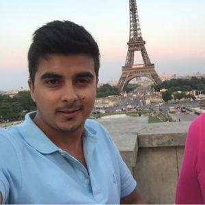 Shanu Chhabra Travel Blogger