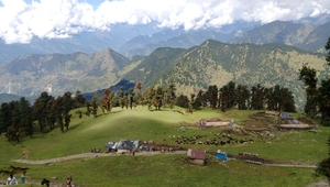 High peaks and divine temple-Tungnath.
