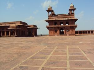 The Worst Things Nobody Tells You About Visiting Fatehpur Sikri