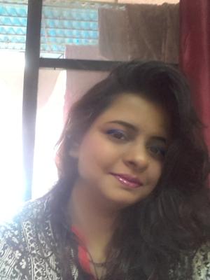 khushali thamke Travel Blogger