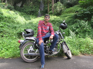 Utkarsh Dwivedi Travel Blogger