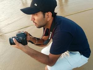 Roshan Travel Blogger