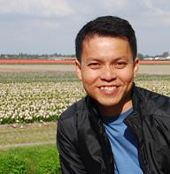 Cecil Lee Travel Blogger