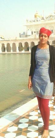 Mehak Dhamija Travel Blogger