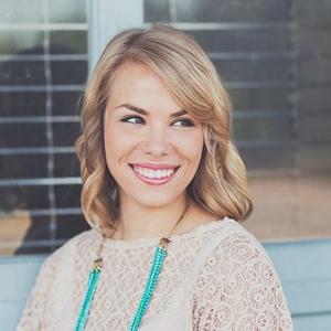 Bailey Klentzman Travel Blogger