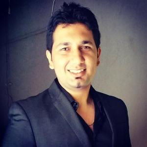 Anupam Thakur Travel Blogger