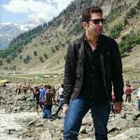Saksham Khurana Travel Blogger