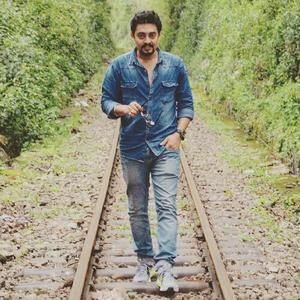 Sabyasachi Mukherjee Travel Blogger